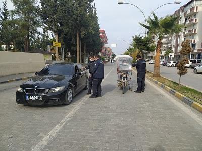 Reyhanlı'da sokağa çıkma kısıtlaması ile birlikte denetimler devam ediyor