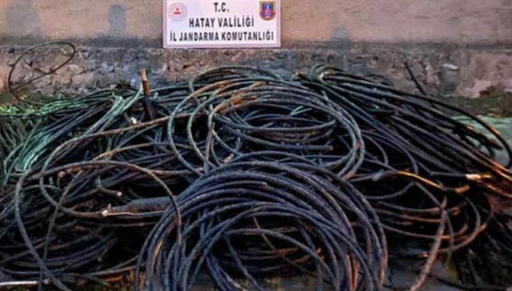 Kamyonetin kasasında 1100 kilo bakır kablo ele geçirildi