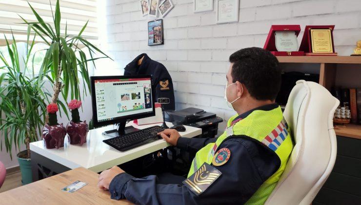 Jandarmadan öğrencilere online trafik eğitimi