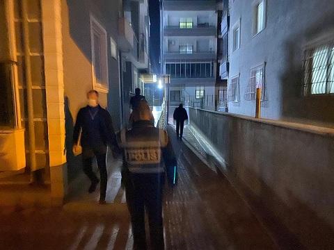 İskenderun'da konaklama tesislerine polis denetimi
