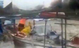 Hatay'da sağanak balıkçı teknelerine zarar verdi