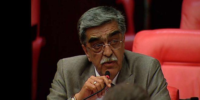 Eski Milletvekili Necmettin Ahrazoğlu koronaya yenik düştü