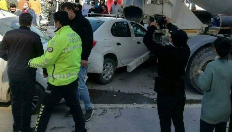 Hatay'da zincirleme trafik kazası: 3 yaralı