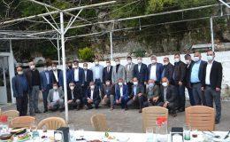 AK Parti Samandağ'da muhtarlarla buluştu