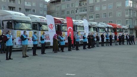 Kayseri'den sınır bölgesine 13 tır gıda yardımı