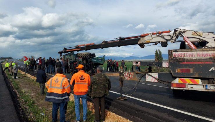 Hatay'da traktör devrildi: 1 yaralı