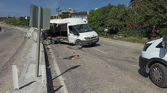Sokağa çıkma kısıtlamasında feci kaza: 2 yaralı
