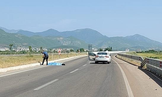Otomobil ile motosiklet çarpıştı: Baba oğul öldü