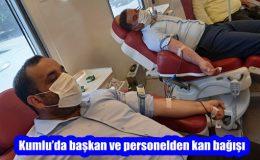 Kumlu'da başkan ve personelden kan bağışı