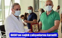 BASK'tan sağlık çalışanlarına karanfil