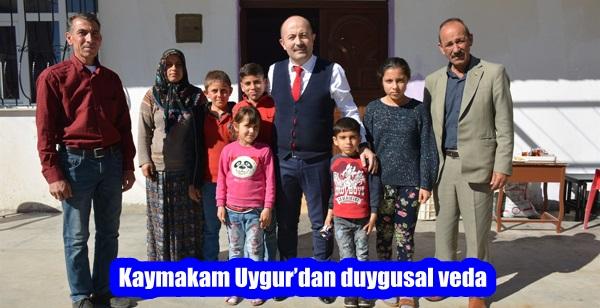Kaymakam Uygur'dan duygusal veda