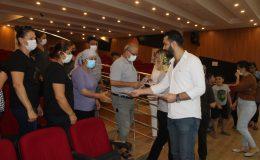 Samandağ Belediyesi uyuşturucu ile mücadelede mahalle panellerine başladı